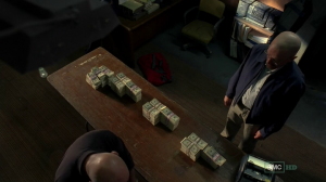 vlcsnap 2012 07 31 23h13m06s1 300x168 Breaking Bad S05E03 : Hazard Pay